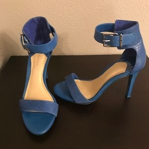 Blue leather and suede heels